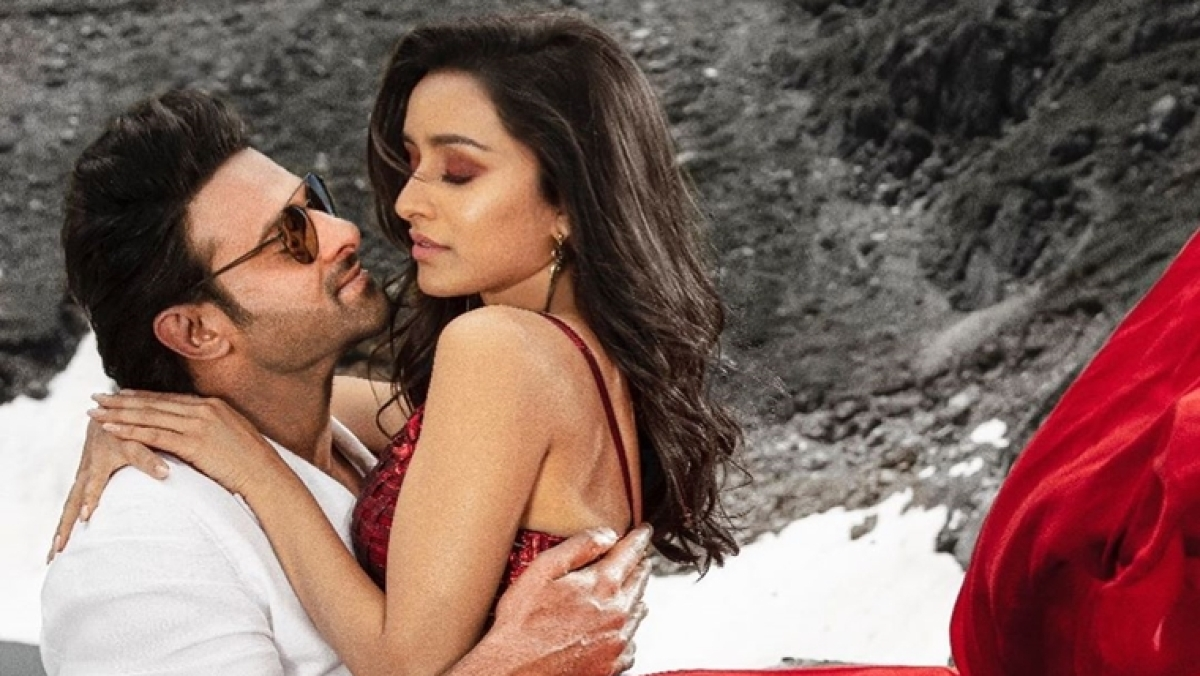 'Saaho' Early Reviews: Twitter lauds Prabhas, Shraddha Kapoor's action flick