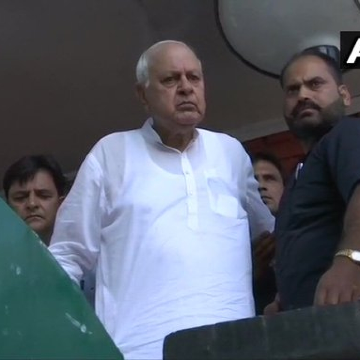 Article 370: Farooq Abdullah says, 'I am not allowed to go out and come out of the house'