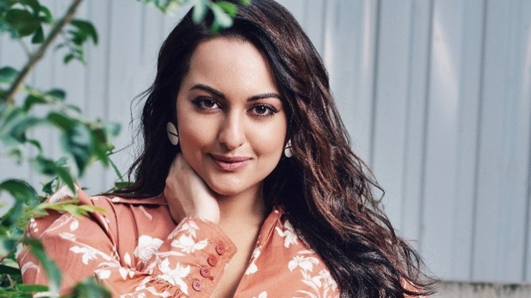 #AsliSonaArrested trends on Twitter, leaving Sonakshi Sinha fans confused