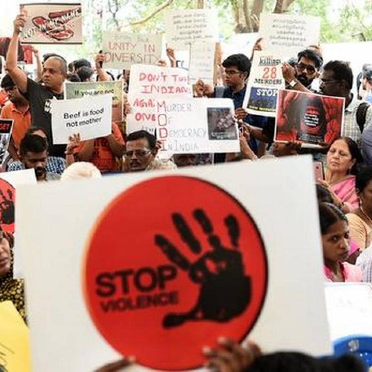 Mob lynching: Slap NSA against rumour mongers, UP DGP tells SPs