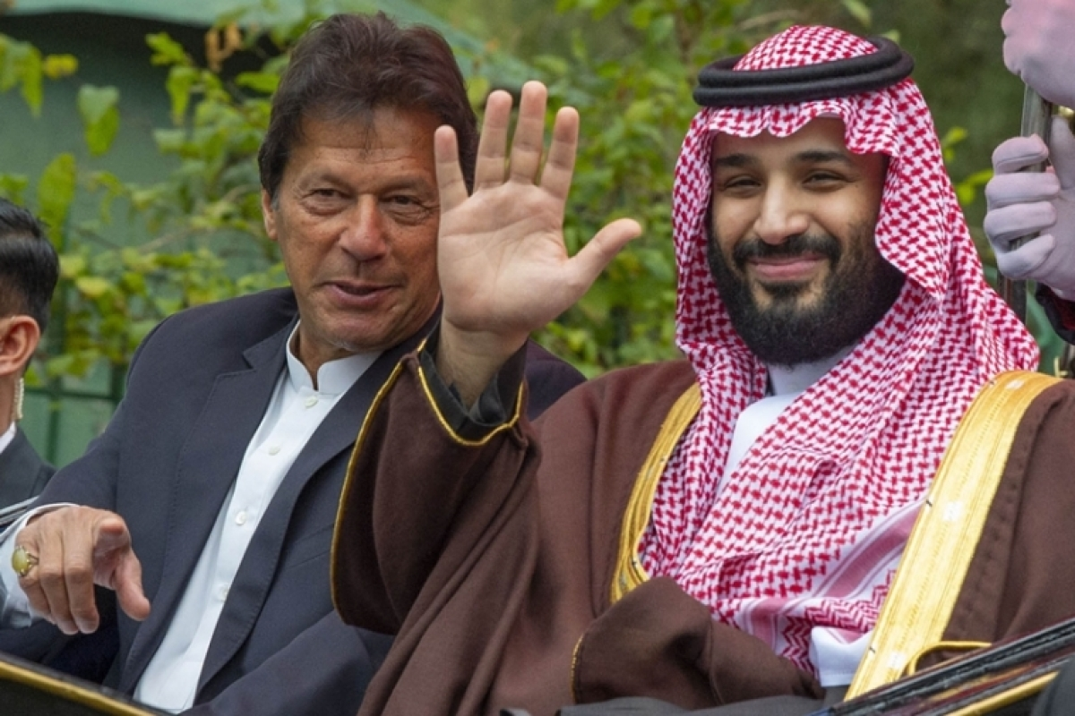 Saudi Crown Prince calls up Imran Khan over Kashmir