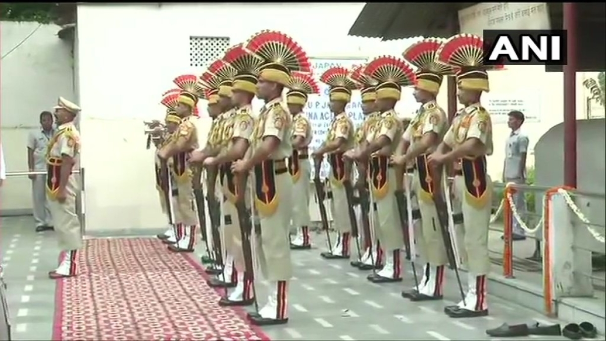 Last rites of Sushma Swaraj performed with full state honours at Lodhi Crematorium