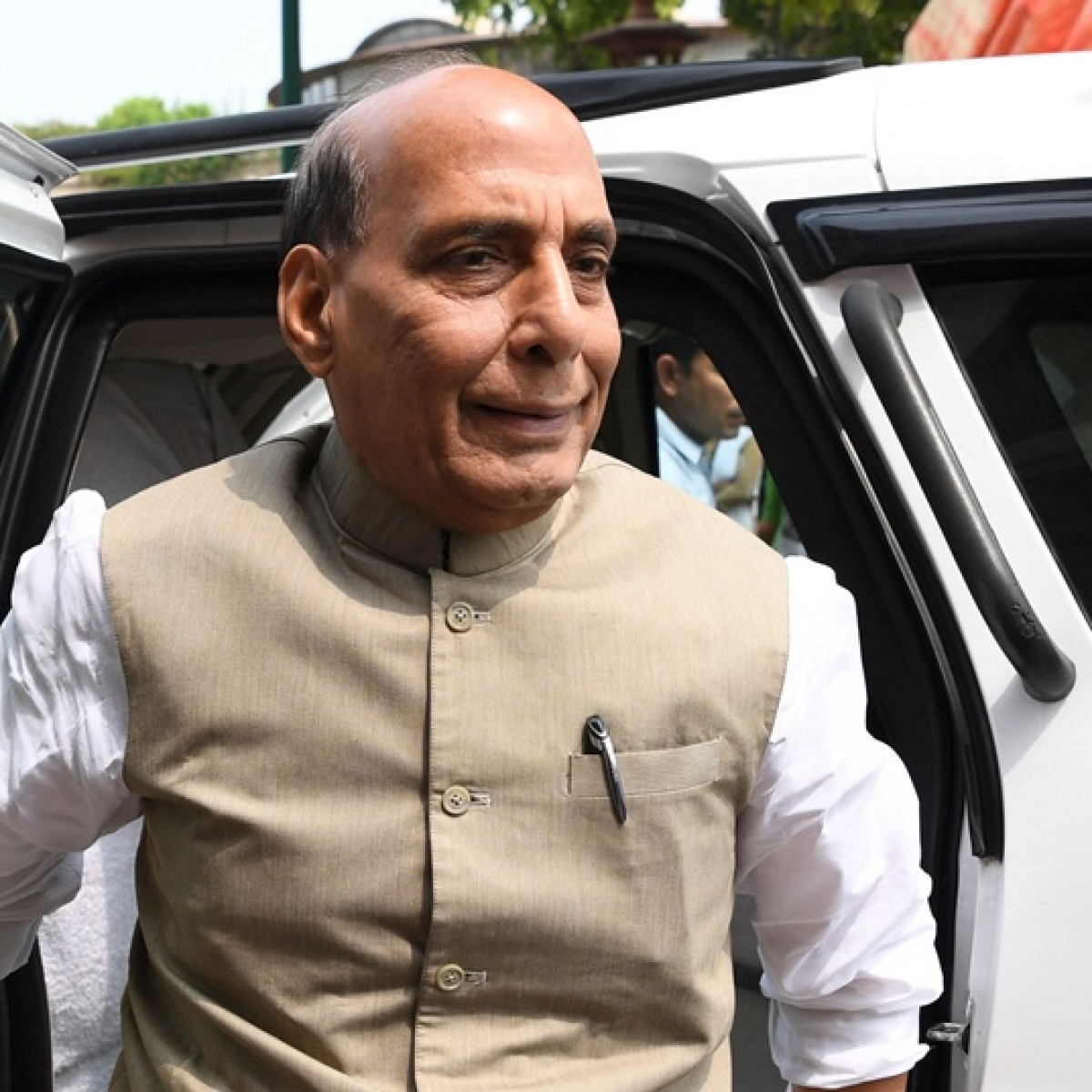 Let's go for indigenous defence manufacturing, says Rajnath Singh