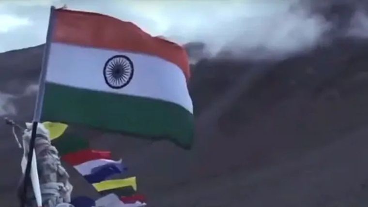 "Ahead of Independence Day, Prakash Javadekar releases music video ""Watan"" to celebrate ""New India"""