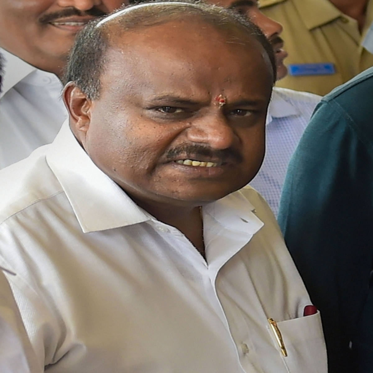 HD Kumaraswamy visits flood-affected Hassan district