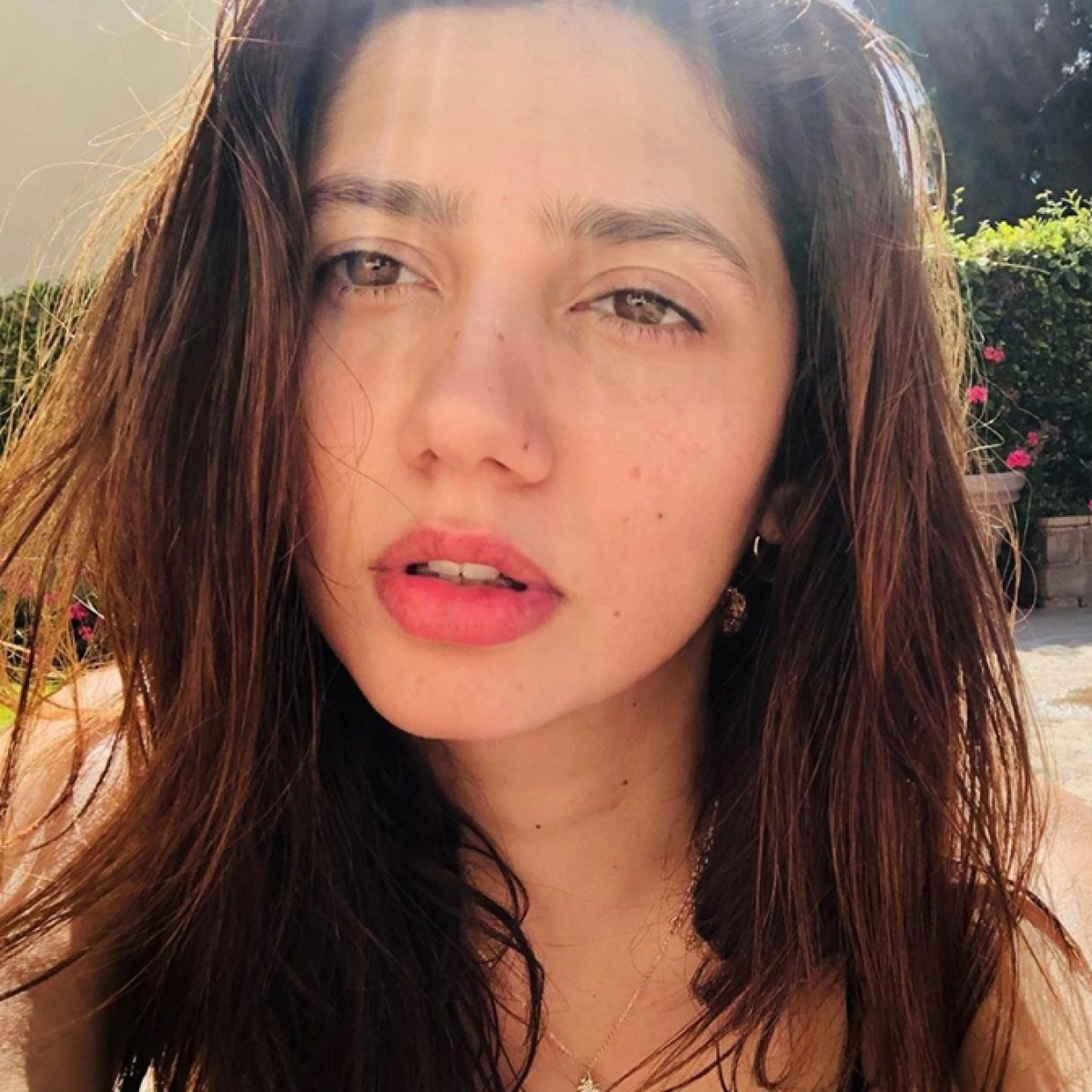 Heaven is burning and we silently weep: Pakistani actress Mahira Khan reacts to Article 370 scrapping