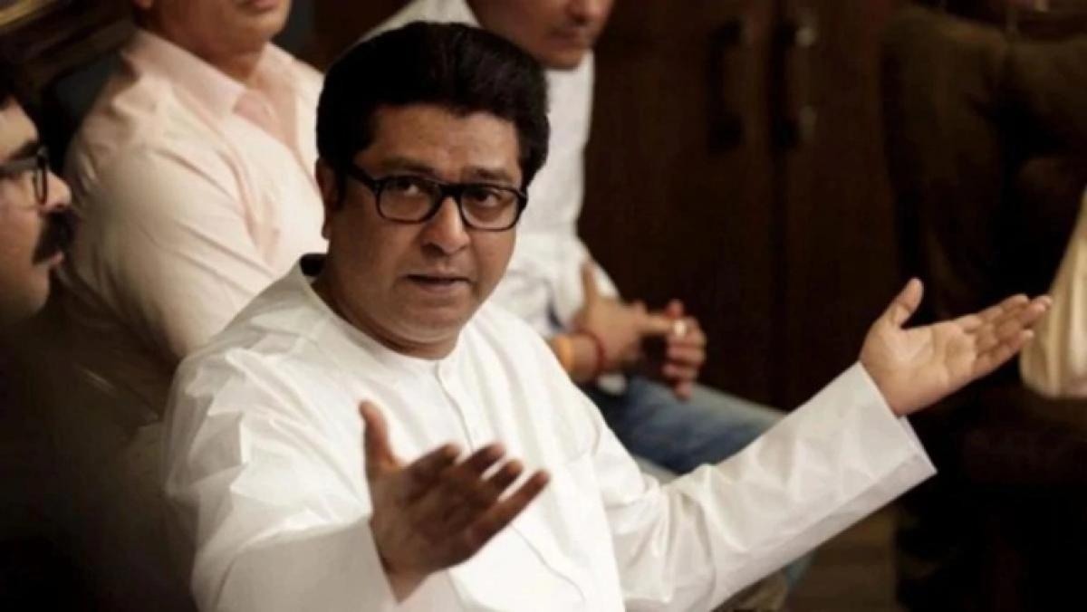 Potholes: MNS chief Raj Thackeray lashes out at administration