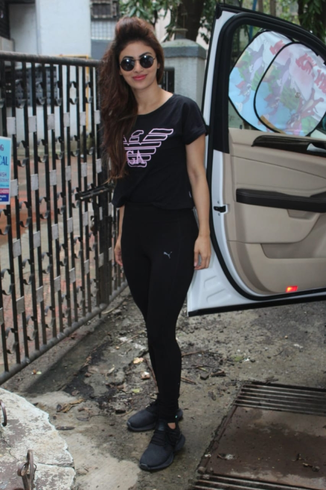Mouni Roy snapped at Cater Road