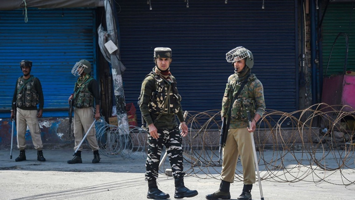 290 people booked under the Jammu and Kashmir Public Safety Act since August 5: Report