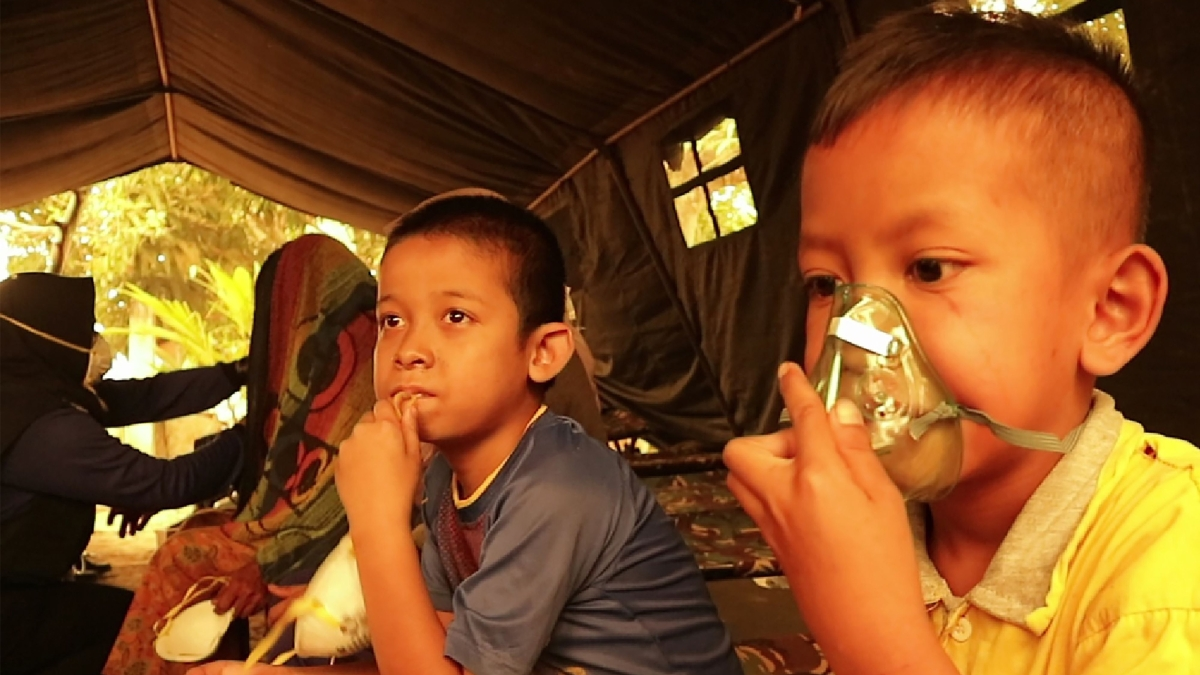 Indonesian forest fires: 10 million children at risk