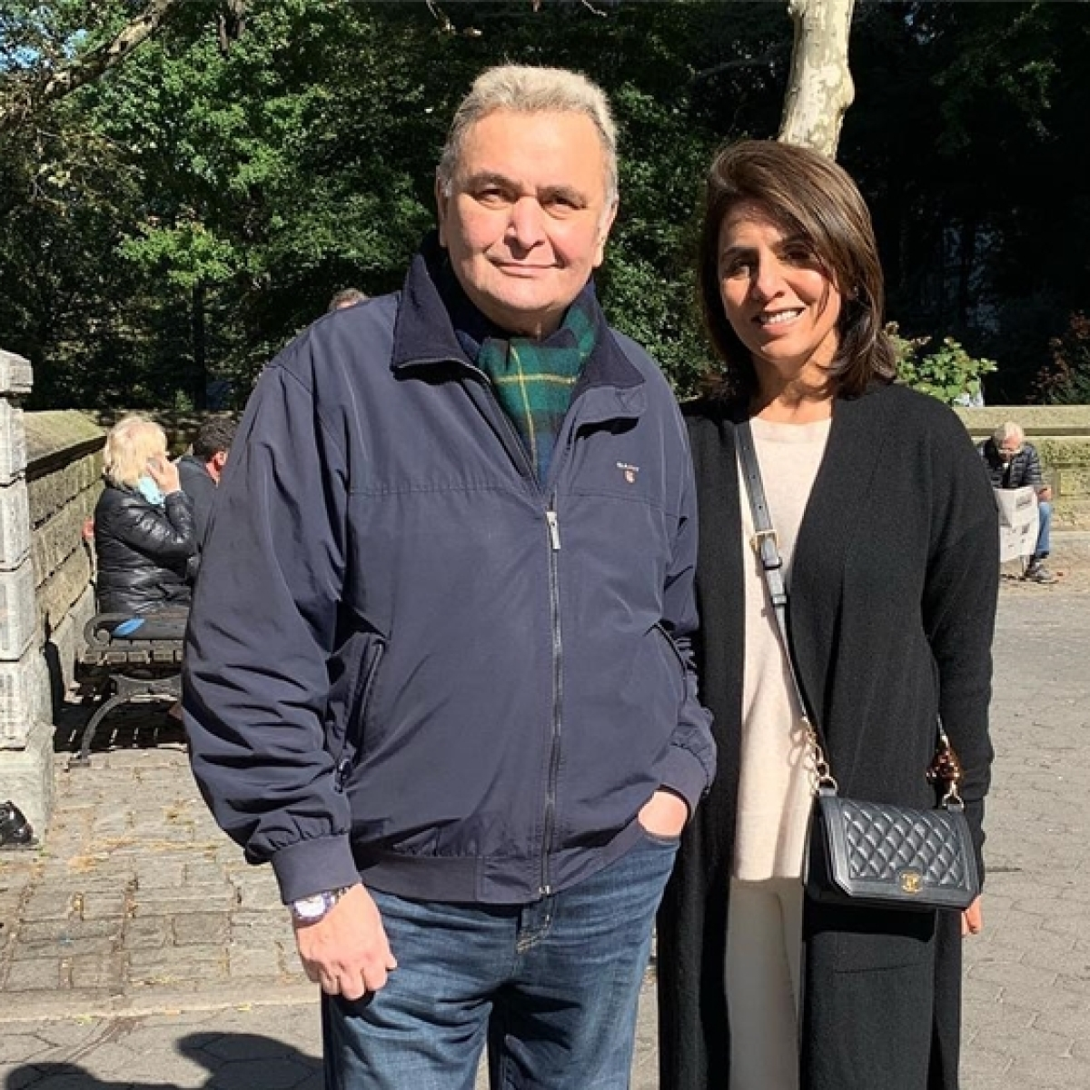 Rishi Kapoor and Neetu get a visit from Juhi Chawla while in New York