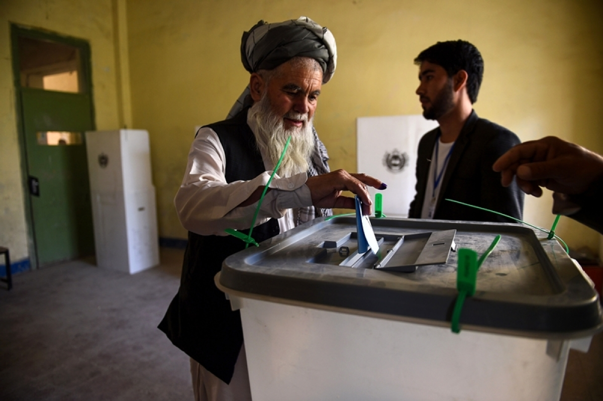 Voting begins in Afghanistan's presidential elections