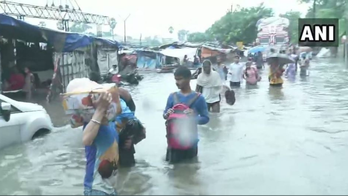 Bihar floods: Incessant rain continues; tree fall and building collapse claim 13 lives