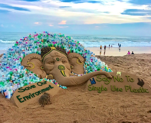 "In Odisha, Sand Ganesh was made by Sudarsan Pattnaik with a message ""Say no to single-use plastic, Save Environment""."