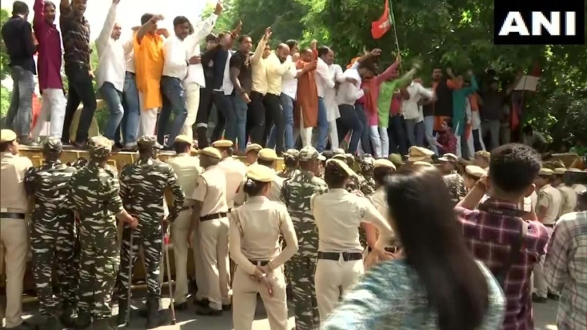 BJP stages massive protest outside CM Arvind Kejriwal's residence over NRC remark against Manoj Tiwari