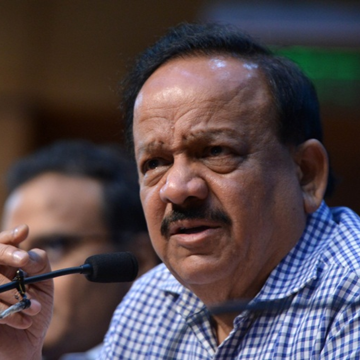 Union Health Minister Dr Harsh Vardhan directs states/UTs to be vigilant against rumours on COVID-19 vaccine