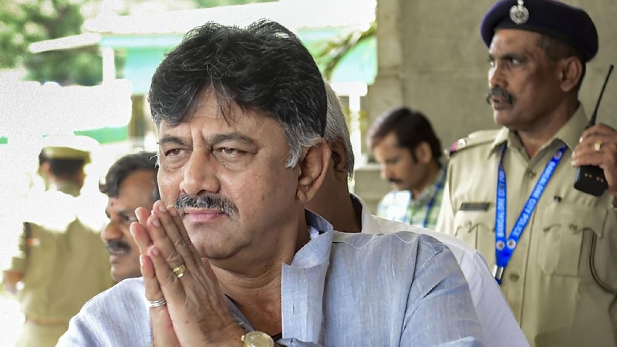 ED takes Congress leader DK Shivakumar to Tughlak Road police station