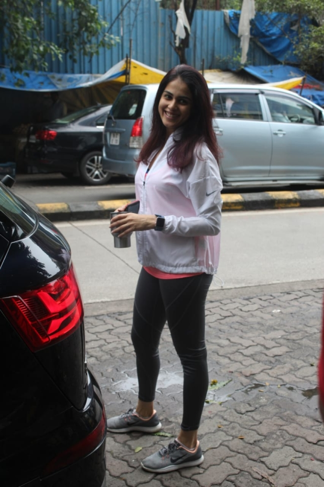 Also Genelia Deshmukh spotted after her gym session in the city.