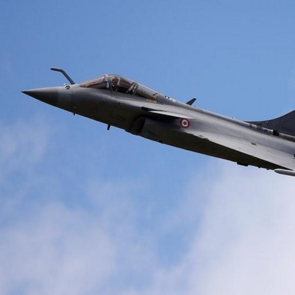 There will be no delay in supply of Rafale jets to India: France