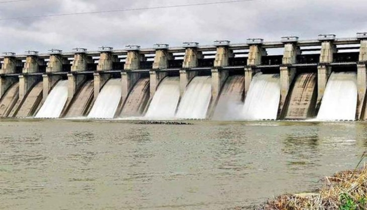 Dam water release: Godavari bank residents on alert