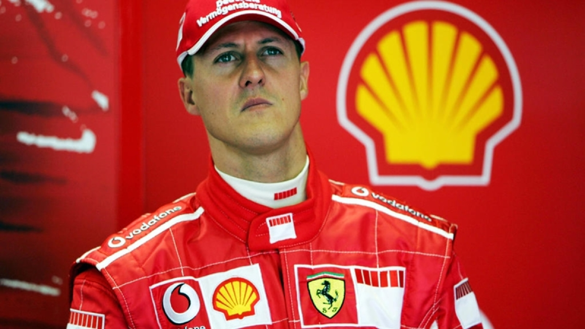 Michael Schumacher in Paris for cell therapy