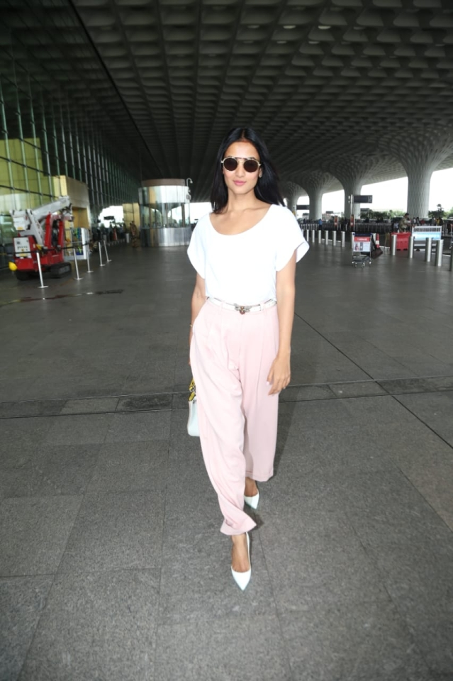 Sonal Chauhan spotted at airport.