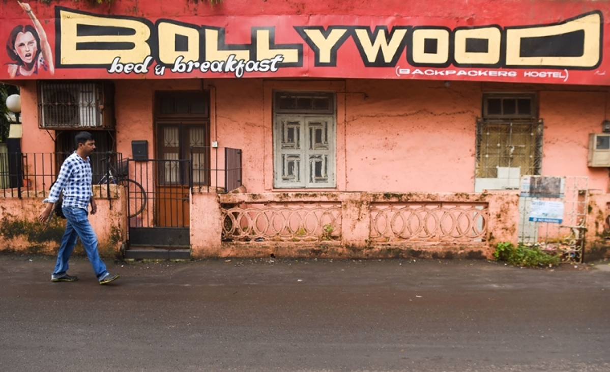 Stay at this Bollywood style hostel in Mumbai for only Rs 600 per night