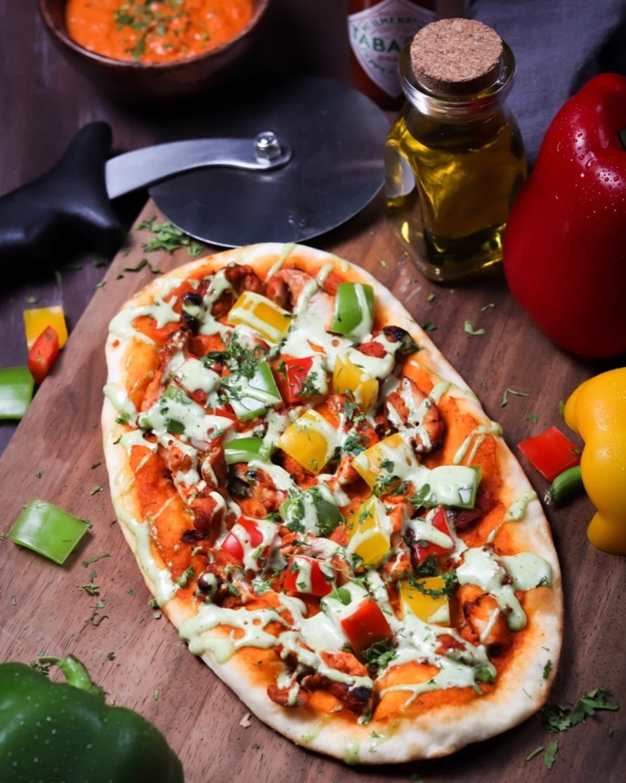 SPICY BUTTER CHICKEN PIZZA