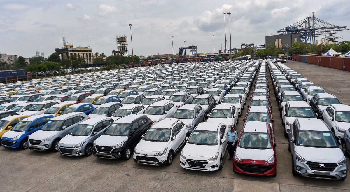Covid-19: Passenger vehicle dispatches may fall by 10-12% in FY21, says Icra