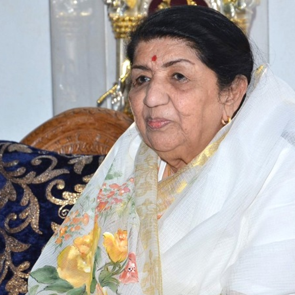 """""""I never thought of myself as special"""", claims Lata Mangeshkar as she turns 90"""