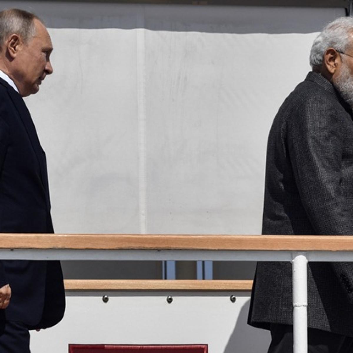 PM Narendra Modi visits Zvezda shipbuilding complex along with President Vladimir Putin
