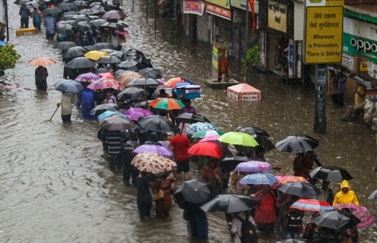 Mumbai Rains: BMC, Railways blame Mithi river for flooding, chaos