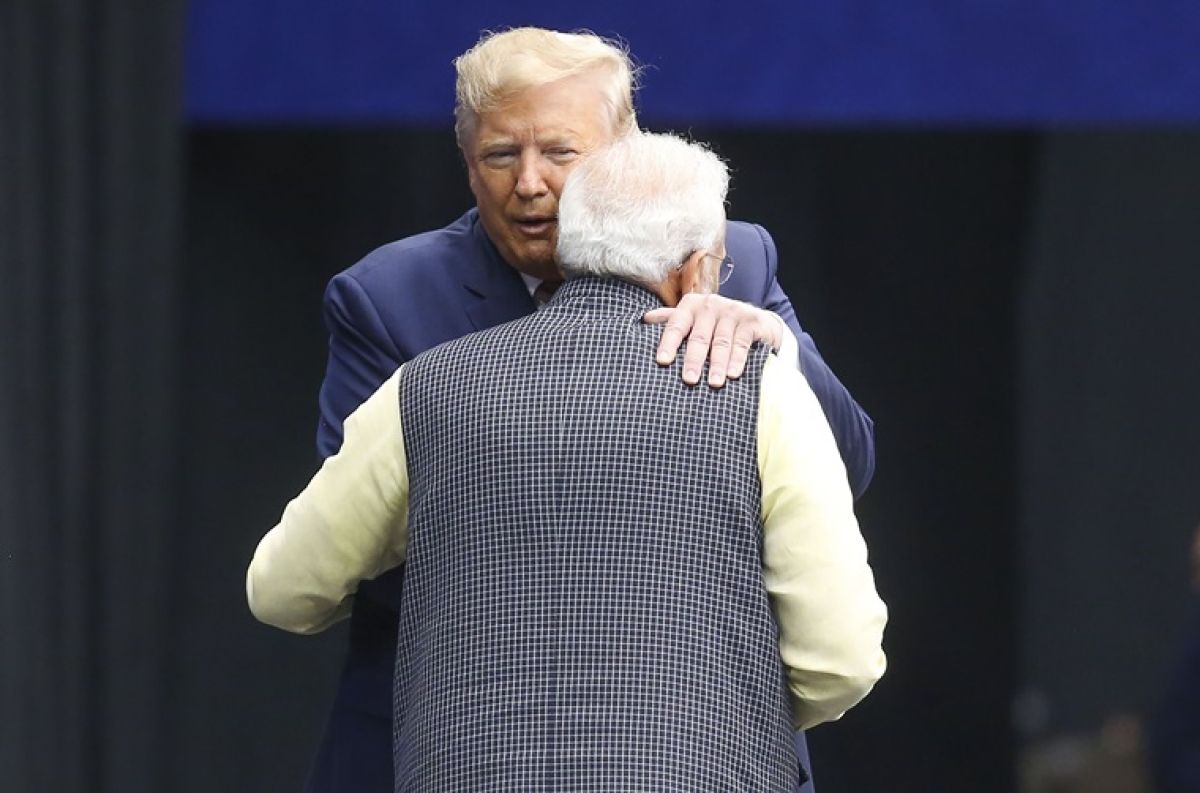 On Hug Day 2020, here are 10 Narendra Modi embraces that set the political world abuzz