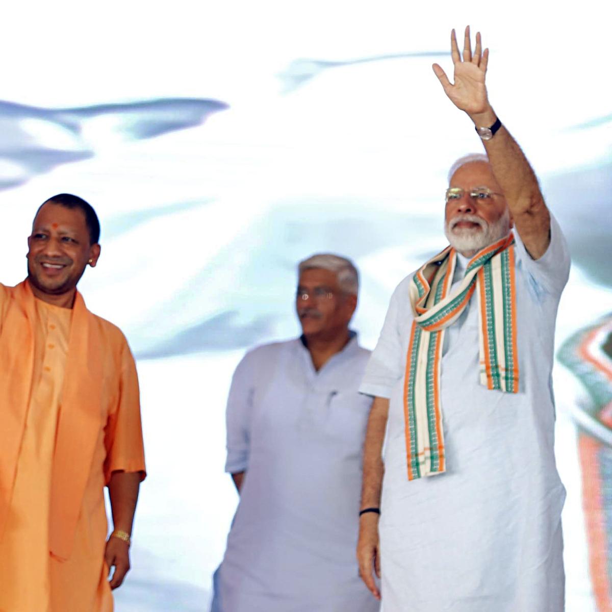 PM Modi praises Yogi Adityanath for efforts to combat encephalitis