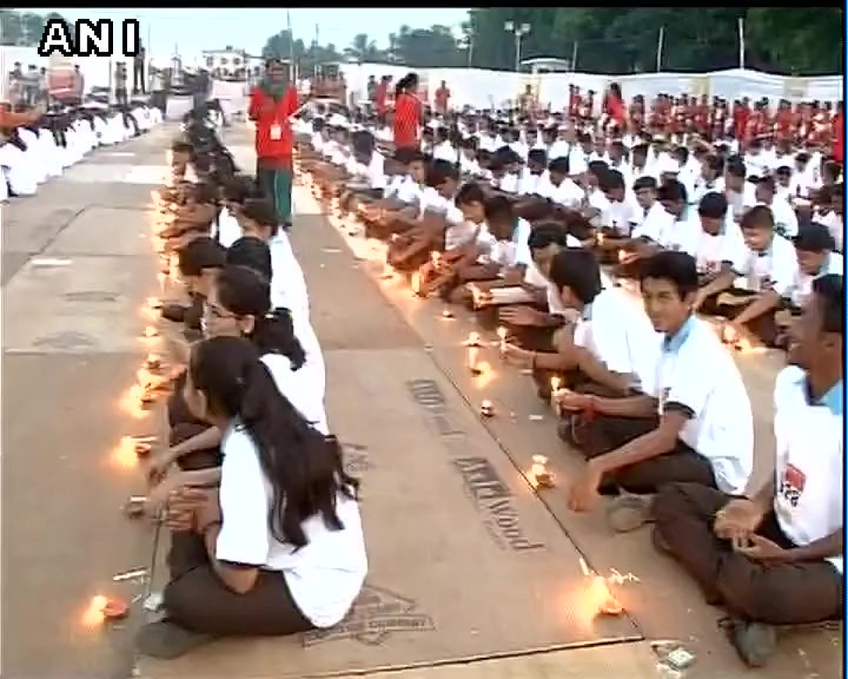 Candles lit in Navsari