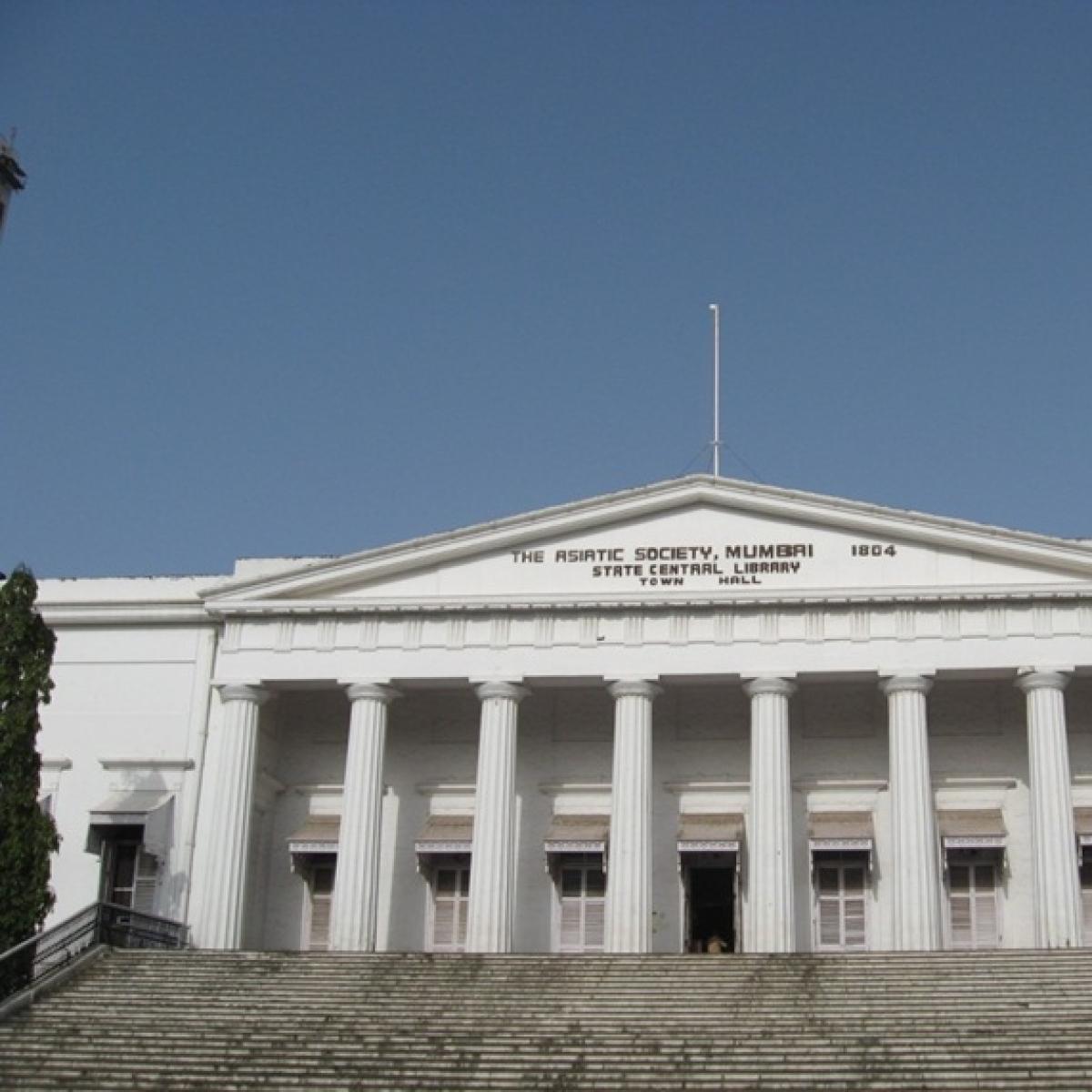 Asiatic Society of Mumbai: Woman on top