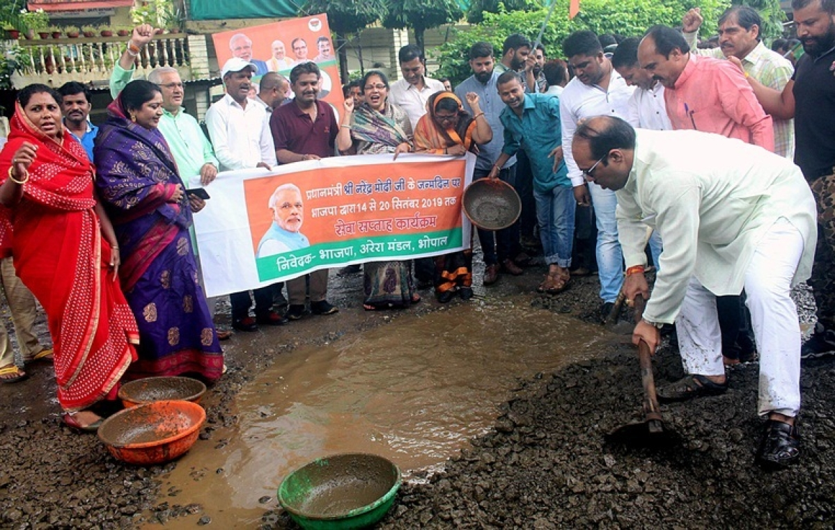 BJP members participating in Seva Saptah