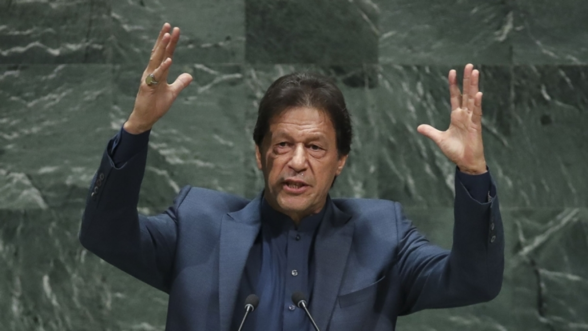 Despite being snubbed, Pakistan PM Imran Khan warns of nuclear war with India over Kashmir issue