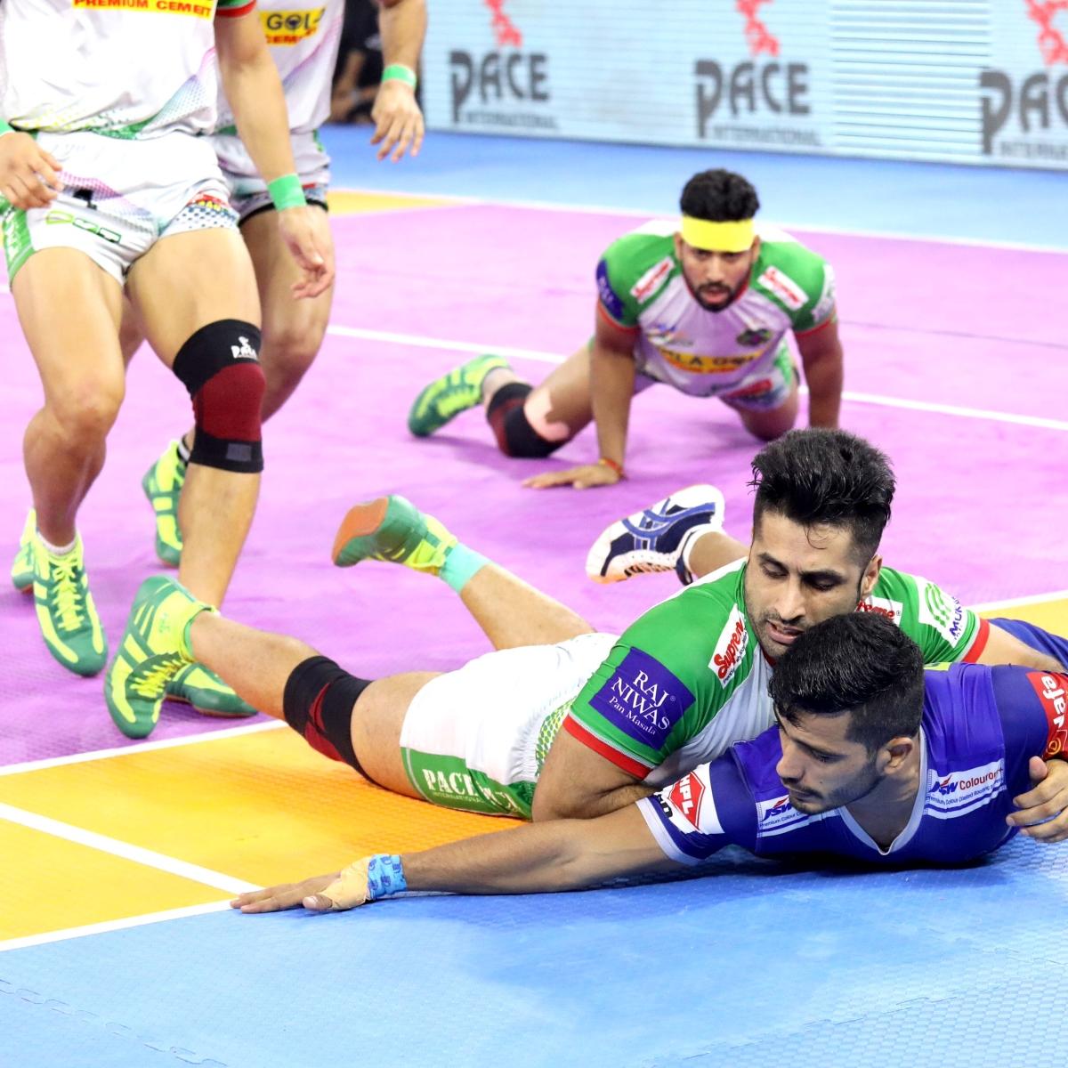 Pro Kabaddi League: Vikas Kandola does it for Patna Pirates
