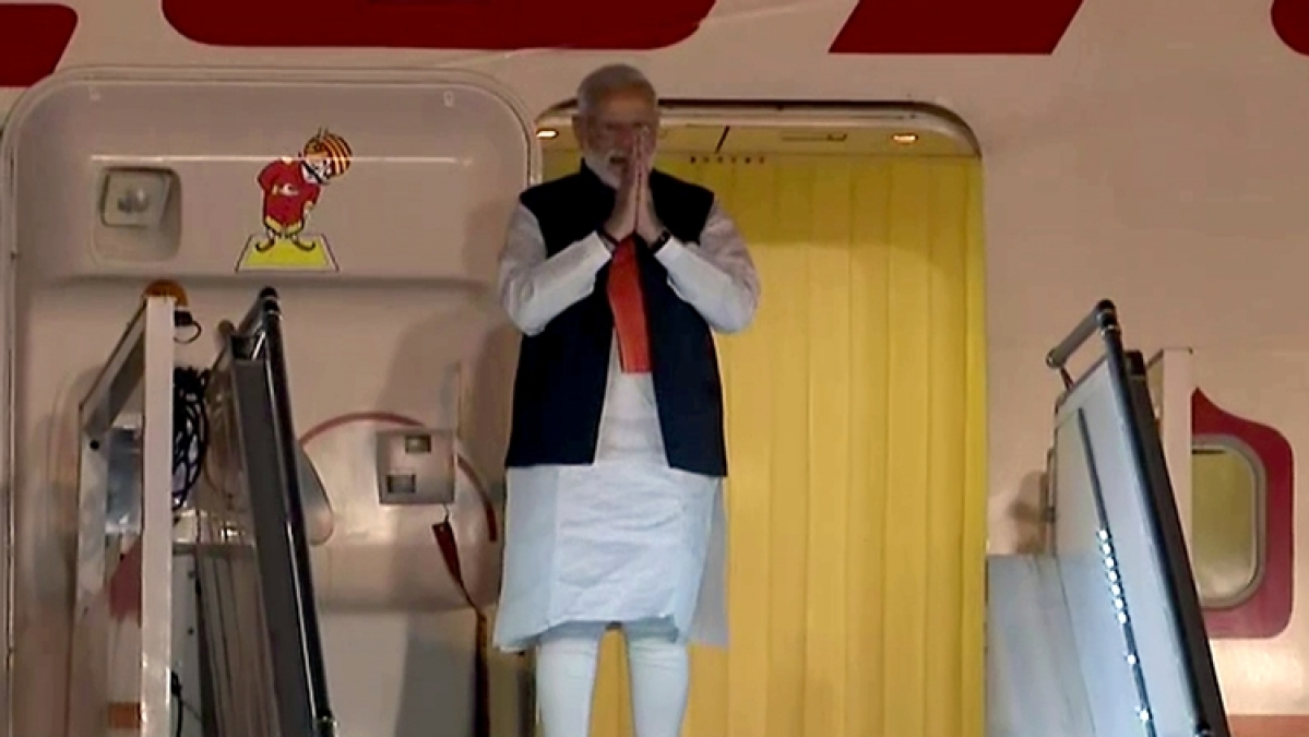 PM Narendra Modi arrives after concluding his 7-days visit to the United States of America, at Palam Technical Airport in New Delhi on Saturday.