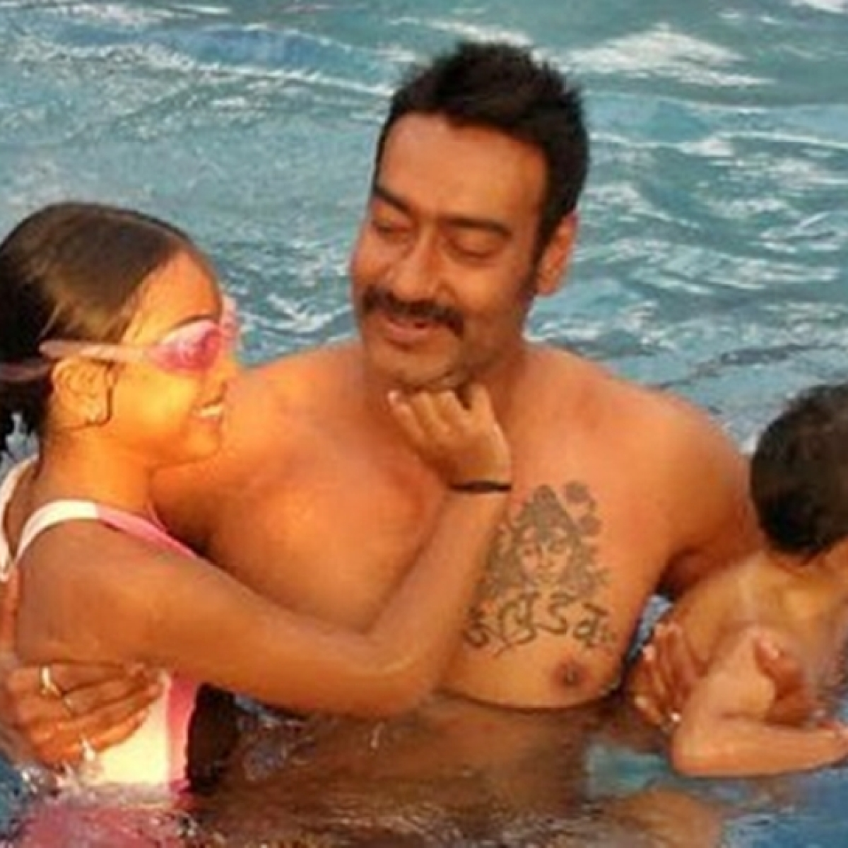 Ajay Devgn, Kajol wish Nysa on Daughters' Day with special post