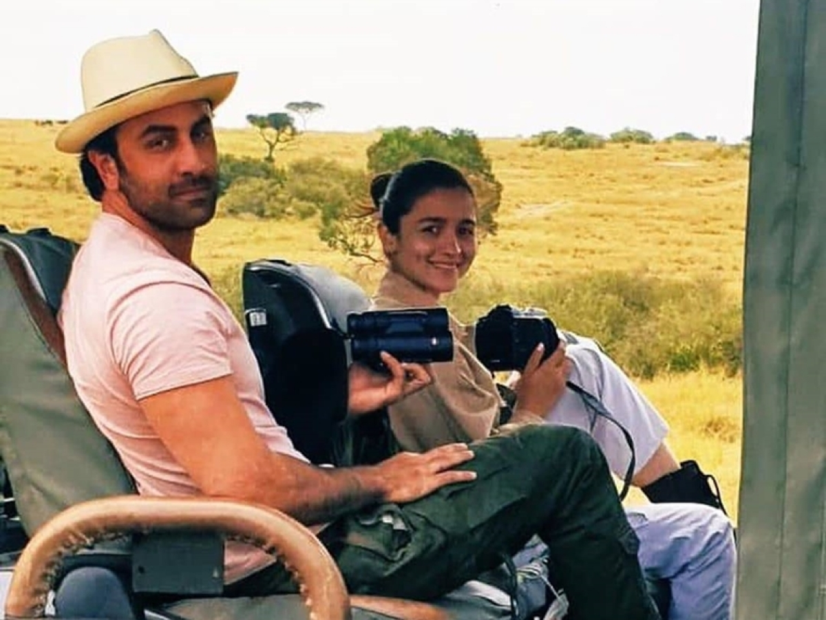 Ranbir Kapoor-Alia Bhatt spotted on a safari in Kenya, see pic