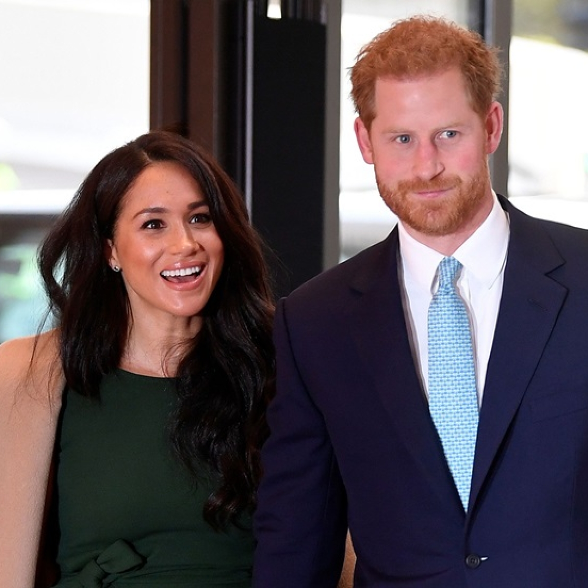 Queen Elizabeth agrees to 'period of transition' for Harry and Meghan