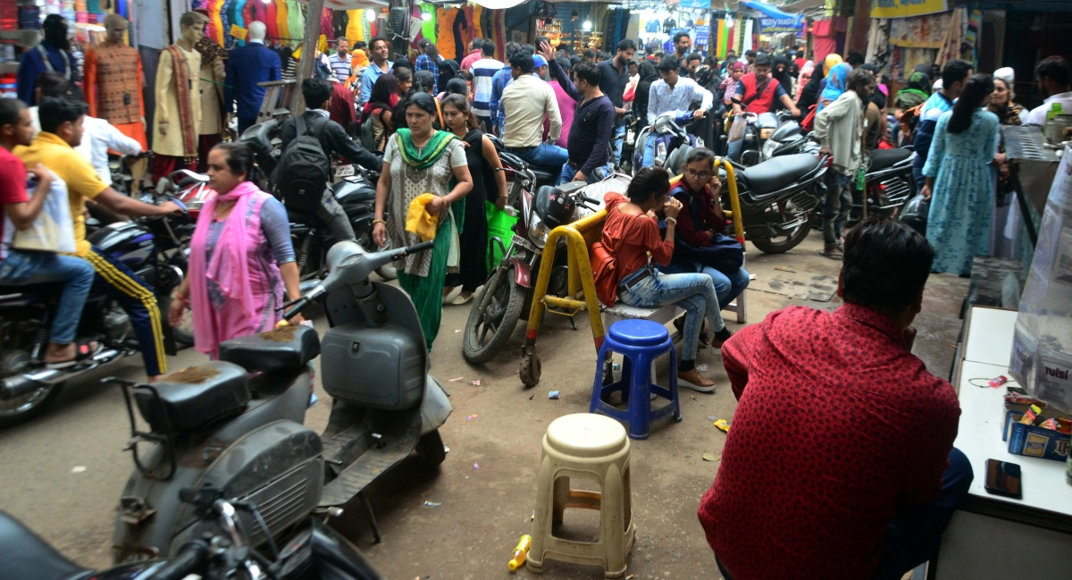 Bhopal: Congestion & parking woes eating into our business, blame Old markets traders