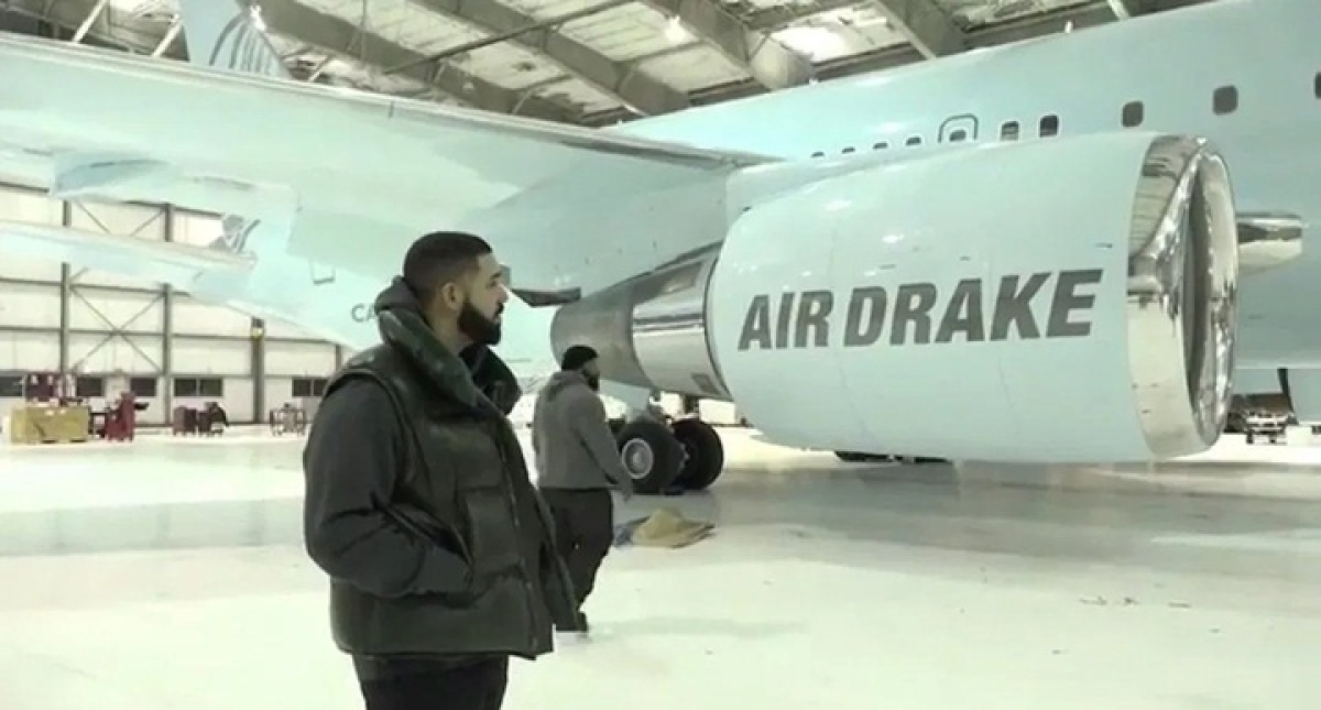 Drake lends jumbo jet to Sacramento Kings for NBA India trip