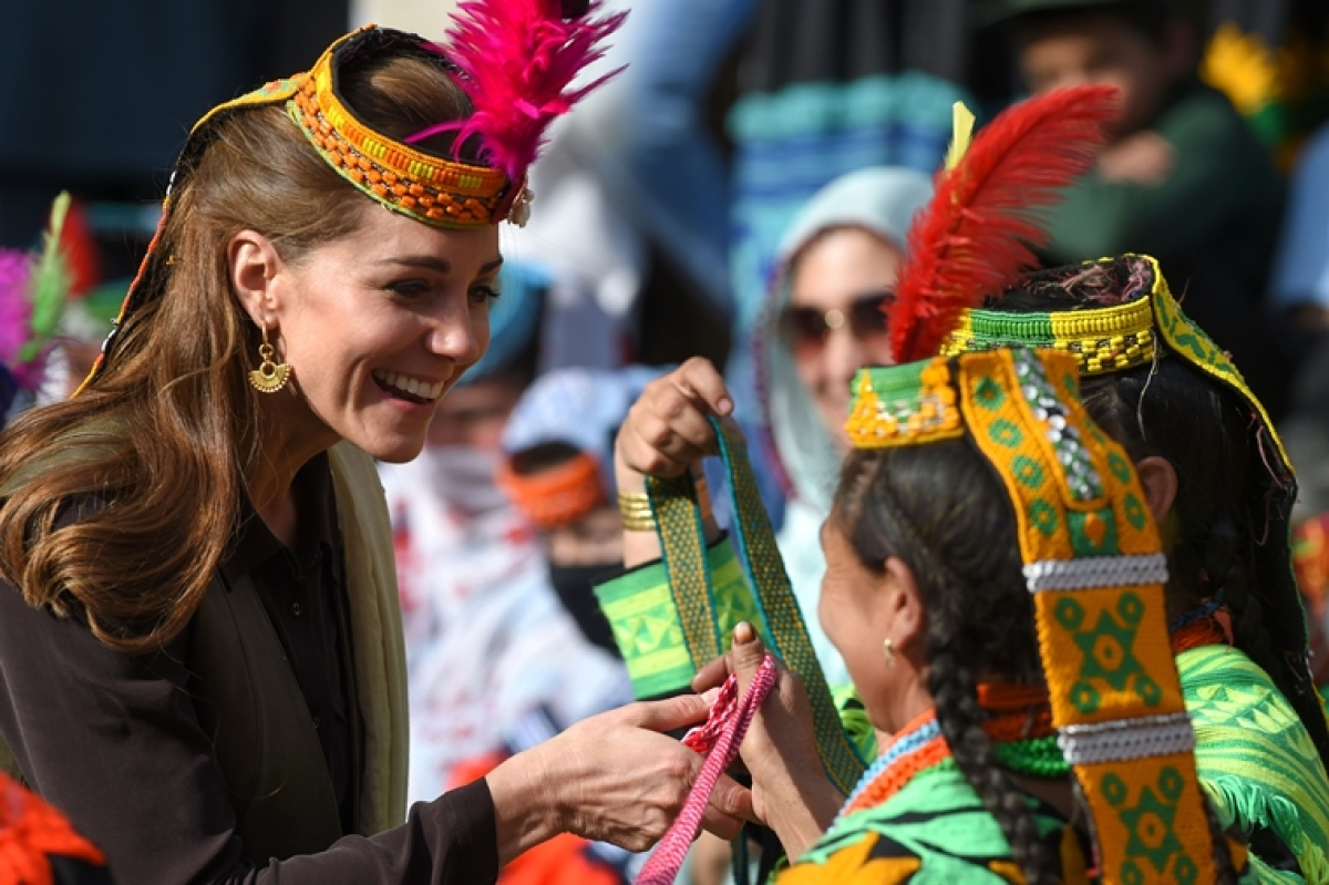 Virat Kohli move aside, Kate Middleton is absolutely slaying it in ethnic wear at a musical event in Chitral