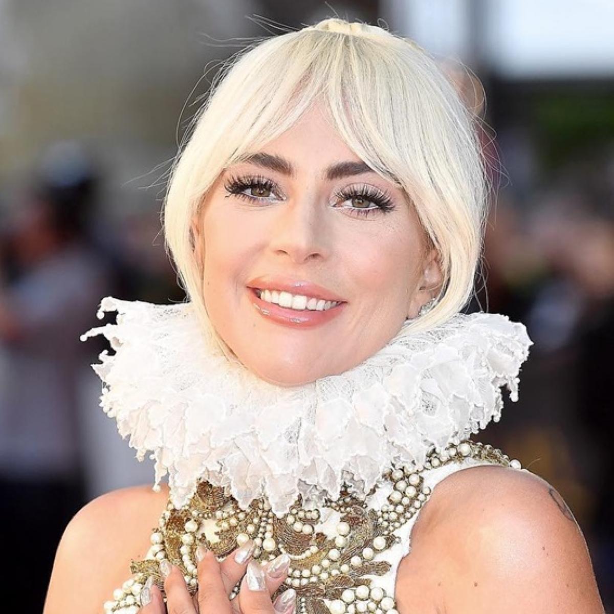 Lady Gaga shares her 'Stupid Love' selfie with boyfriend Michael Polansky