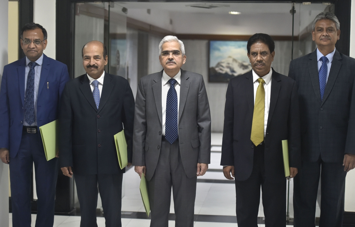 Reserve Bank of India (RBI) Governor Shaktikanta Das along with his deputies arrives for the RBI's fourth bi-monthly monetary policy review meeting of 2019-20, in Mumbai, Friday, Oct. 4, 2019.