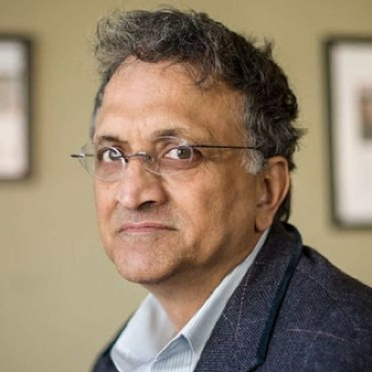 'Modi's new India punishes those who stand for innocent victims': Congress slams FIR against Ramchandra Guha and Co
