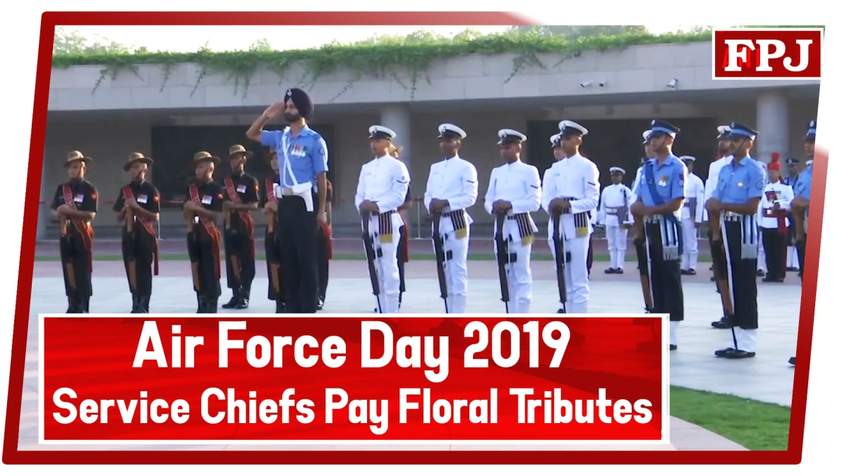 Air Force Day 2019: Service Chiefs pay floral tributes at National War Memorial in Delhi